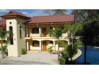 Villa del Sol, 2 Bedroom 2 BA Beach Villa  Nosara