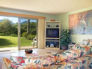 Alii Kai 2101:Ocean and mountain views, lovely corner location, well-equipped, Princeville