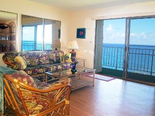 Top floor 2br/2ba condo with exceptional oceanfront views and amenities!!