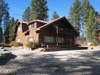 Secluded Payette River Estate home with large yard and private hot tub., McCall