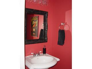 Piano principale polvere camera con lavabo e servizi igienici