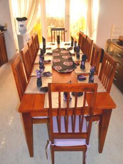 Villa Leone Custom Made 12 Setting Mahogony Dining Room Table