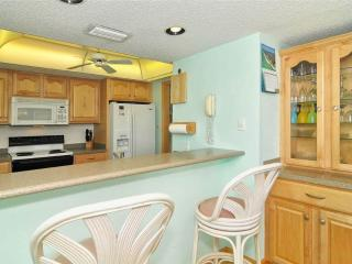 2BR Gulf Side feels like home, TV/DVD #405GS, Sarasota