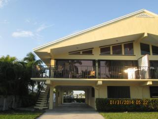 $1000+wk! 65'pool+2 Priv.Beaches+30'Boat Dk+2 dogs, Key Colony Beach