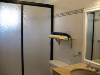 master ensuite bathroom with double sized shower...oh yah!!