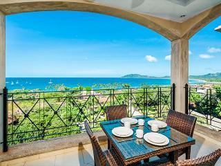 Luxury 2 bedroom ocean view condo with access to resort faciliites