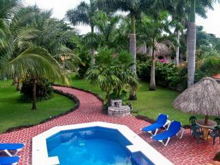 Hacienda Izamal Cozumel, Breathtaking 3BD Villa