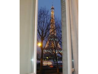 parisbeapartofit - Eiffel Tower Av. Kennedy (270), Paris
