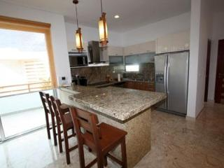 Full Kitchen with Granite Countertops, Stainless Steel Appliances and Dish Washer