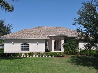 Hernando Dr - HER507 - 1/2 Block to Beach Access!, Isla Marco
