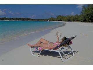 BEST BEACH VILLA sleeps 8 + FREE 8 SEATER TOYOTA, Great Exuma