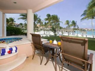 Beachfront VDM C 103 Villa Paradise, Puerto Aventuras