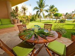 Casa Alegria VDM E102  Great Location! ground floo, Puerto Aventuras