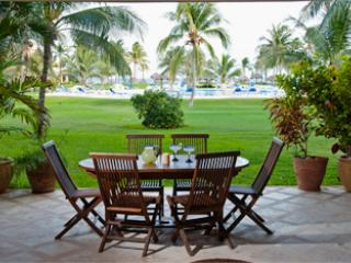 Villas del Mar E-104 Beach Condo Ground Floor, Puerto Aventuras