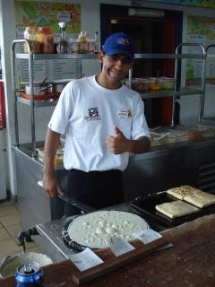 DOWNTOWN: How to make the famous pan cakes in Buzios