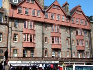 External view less than a minute walk from Edinburgh Castle