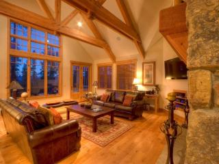 Chalet Chloe living room Breckenridge