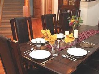 Chalet Chloe dining room seats 12
