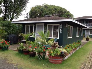 Kapaa downtown Coconut Coast  East  Side cottage