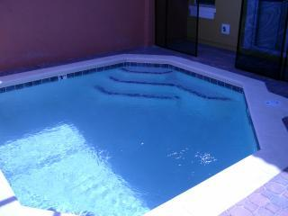 PRIVATE POOL IN TOWN HOUSE