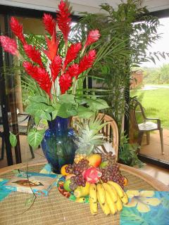 Fruit & Flowers complimentatry with 7 night stay