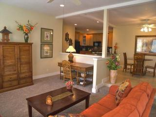 Luxury  Resort Condo with A/C, 5 min walk to Poipu Beach, BBQ, Pools & Tennis