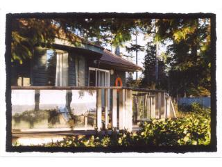 Seashack Cottage - Chesterman Beach, Tofino, B.C.