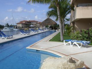 **LUX villa...MAYAN RIVIERA...PRIME LOCATION on Marina... SUN SAND and FUN!!