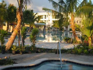 Licensed 4/3.5 Villa - Areas Most Upscale Oceanfront Resort - Free Secure WiFi!
