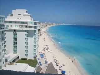 $89-129:BILLION$ VIEWS! LARGE STUDIO PH!  BALCONY!, Cancun