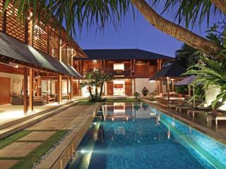 Villa Windu Sari at dusk
