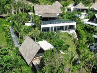 Villa Yang - Stunning Clifftop Ocean View Phuket, Kamala