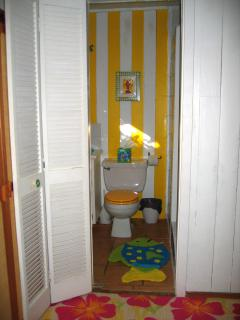 bunkroom bathroom