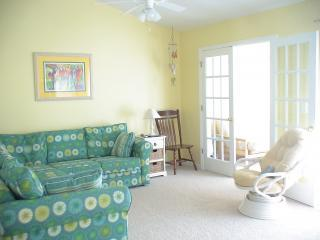 Sunny, comfy living room