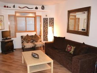 1,2,3,4 and 5 Bedroom Apartments -Budget to Luxury, Jerusalem