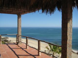 A Spectacular Beach Front Vacation Rental Home, Los Barriles