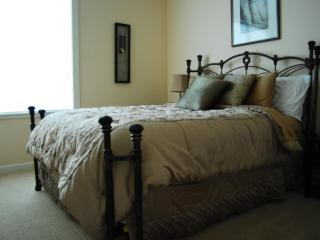 Queen size pillow top bed