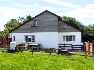 WHYTINGS, pet friendly, country holiday cottage, with a garden in Uplyme, Ref 2581