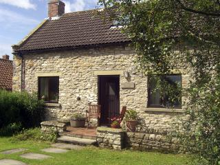 DAIRY HOUSE, pet-friendly, character holiday cottage, with a garden in Newton-Upon-Rawcliffe, Ref 67