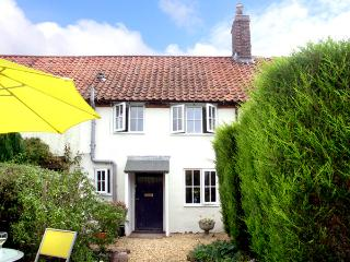 FRED'S COTTAGE, pet friendly, character holiday cottage, with a garden in