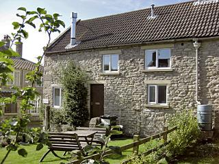 GATESIDE, family friendly, character holiday cottage, with a garden in Newton Upon Rawcliffe, Ref 184, Pickering