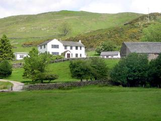 GHYLL BANK HOUSE, pet friendly, country holiday cottage, with a garden in, Staveley