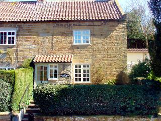 KNAYTON HOUSE COTTAGE, family friendly, luxury holiday cottage, with a garden in