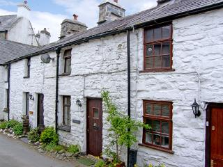 LLANNERCH, romantic, character holiday cottage, with open fire in Betws-Y-Coed, Ref 3513, Betws-y-Coed