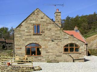 THE ARCHES, pet friendly, character holiday cottage, with a garden in Farndale