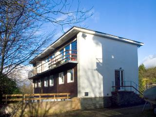 PARK VIEW, pet friendly, country holiday cottage, with a garden in Bowness & Windermere, Ref 2148, Bowness-on-Windermere