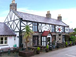 PEN Y PARC, character holiday cottage, with a garden in Gwaenysgor Near Prestaty
