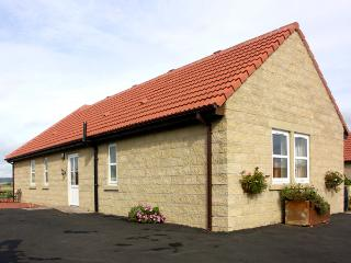 CHARLOTTE'S STABLE, country holiday cottage in Longframlington Near Alnwick, Ref 1922