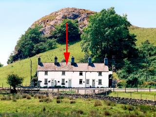 TAN Y RHOS, pet friendly, character holiday cottage, with a garden in Manod, Ref 1862, Blaenau Ffestiniog
