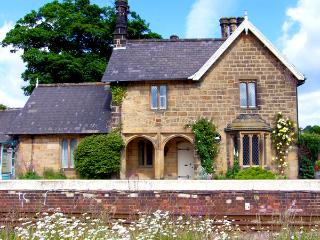 THE STATION HOUSE, pet friendly, character holiday cottage, with a garden in